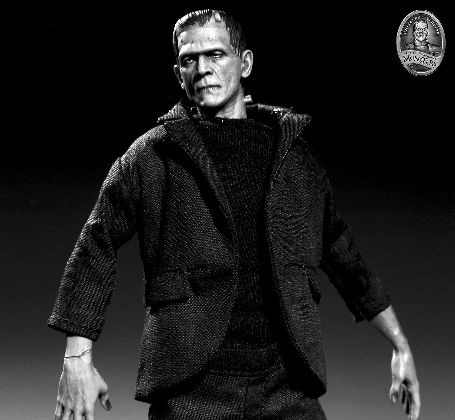 Pre-Order One:12 Collective Universal Monsters Frankenstein