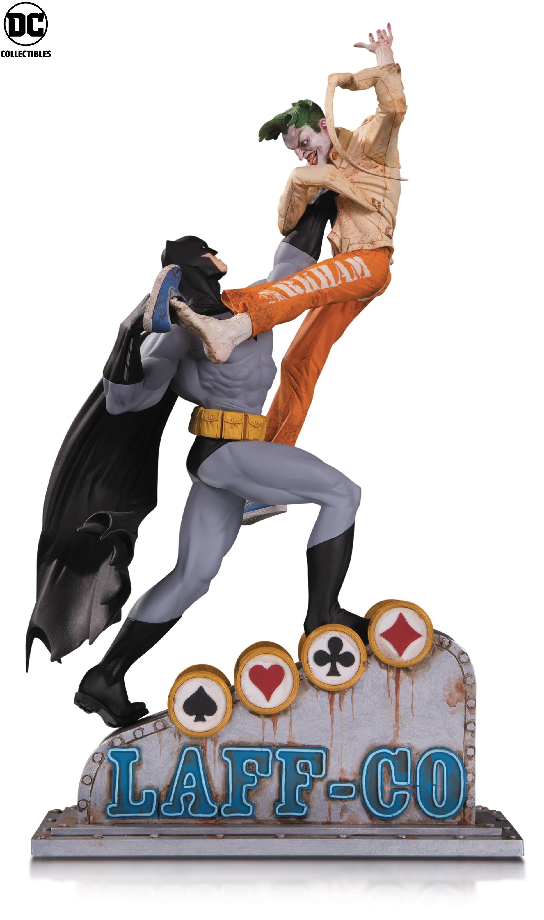 DC Comics Batman vs Joker Laff Co Battle Statue