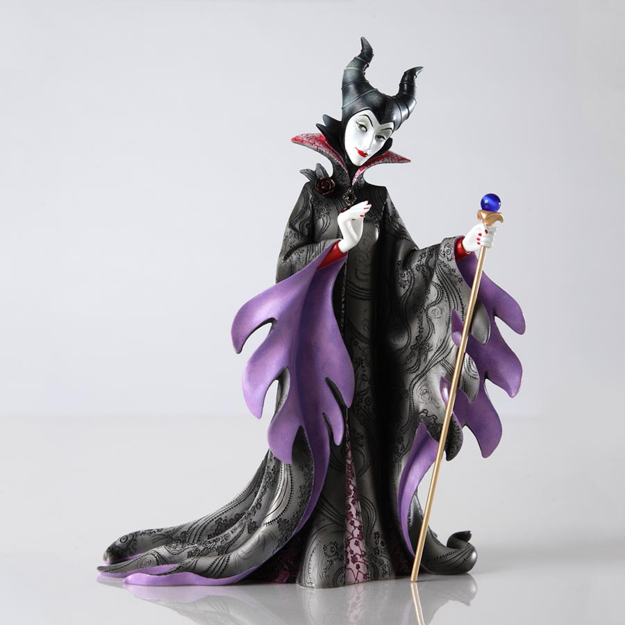 Disney Showcase Maleficent Couture de Force Figurine