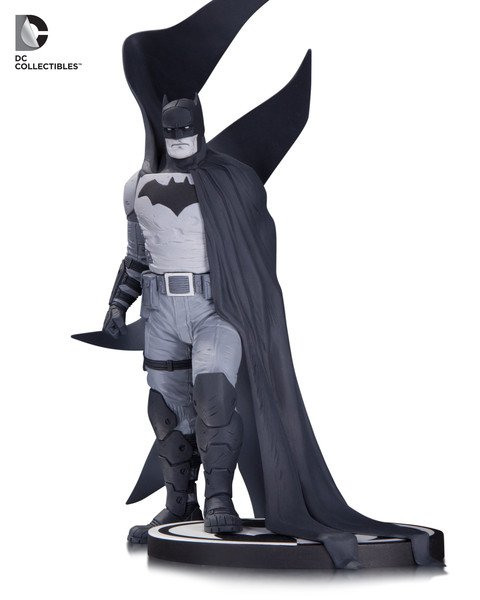 DC Comics Batman Black & White Rafael Albuquerque Statue