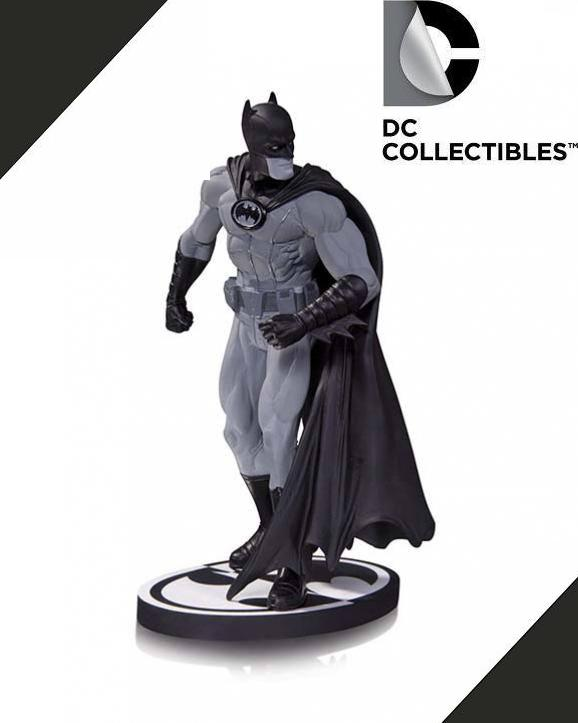 DC Comics Batman Black & White Gary Frank Statue