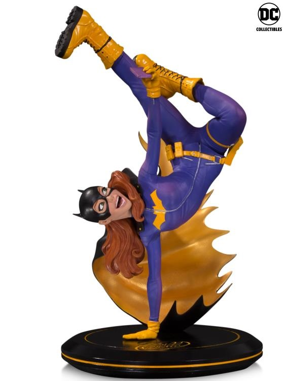 DC Comics Cover Girls Batgirl Joelle Jones Statue
