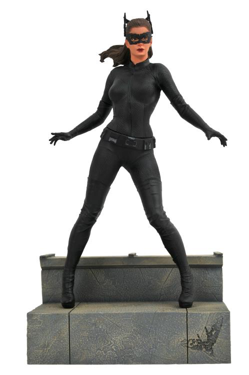 Diamond DC Comics Gallery Dark Knight Rises Catwoman Statue