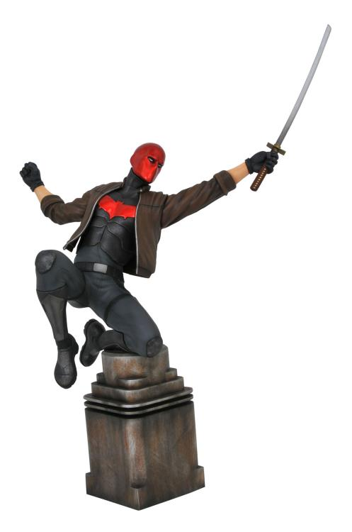 Pre-Order Diamond DC Comics Gallery Red Hood Statue