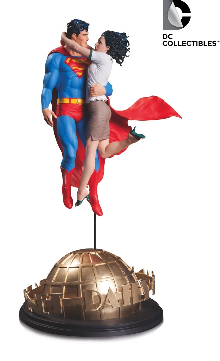 DC Comics Designer Series Superman & Lois Lane Frank Statue