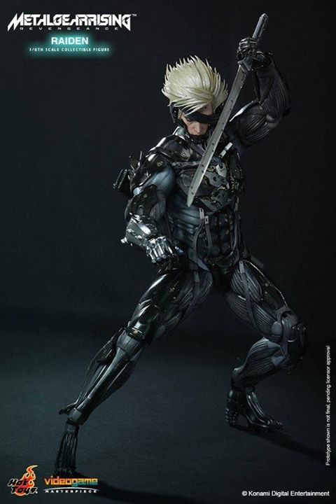 Hot Toys Metal Gear Rising: Revengeance Raiden 1:6 Scale Figure