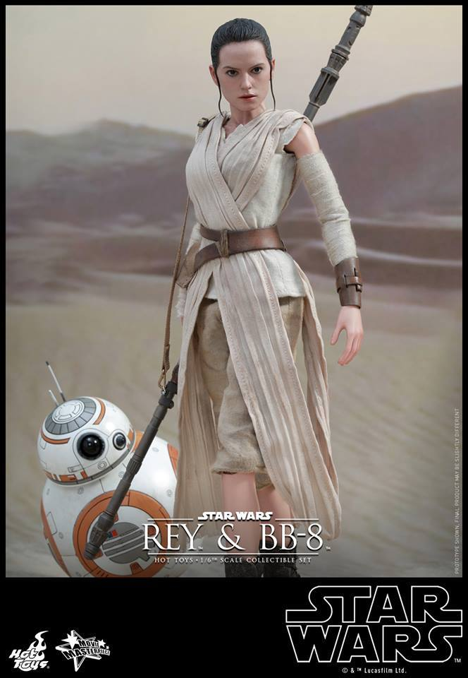 Hot Toys Star Wars Force Awakens Rey & BB-8 1:6 Scale Figure Set