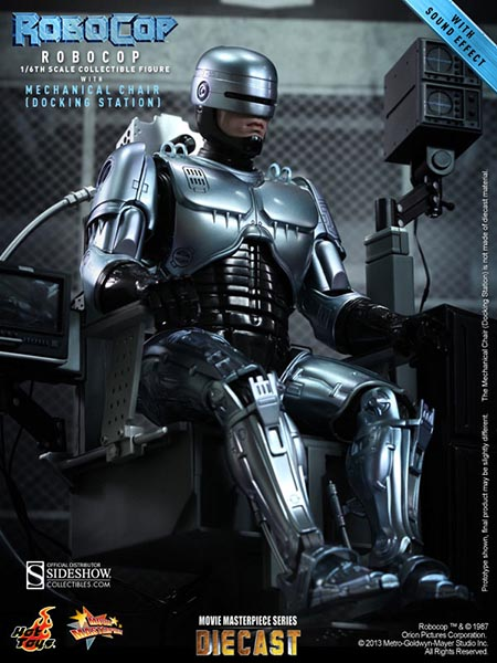 Hot Toys RoboCop w/Mechanical Chair Sixth Scale Figure