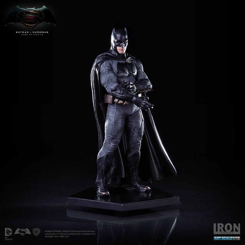 Iron Studios DC Comics BvS Armored Batman 1/10th Scale Statue