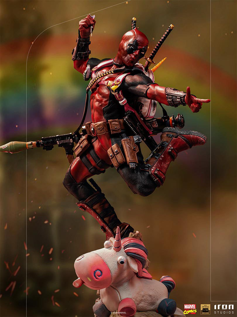 Pre-Order Iron Studios Marvel Deadpool Deluxe Art Scale Statue