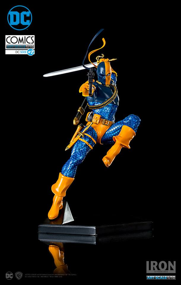 Pre-Order Iron Studios DC Comics Deathstroke 1/10th Scale Statue