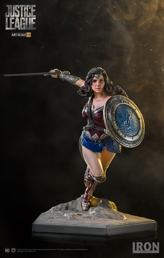 Iron Studios DC Comics Wonder Woman Justice League 1/10th Statue