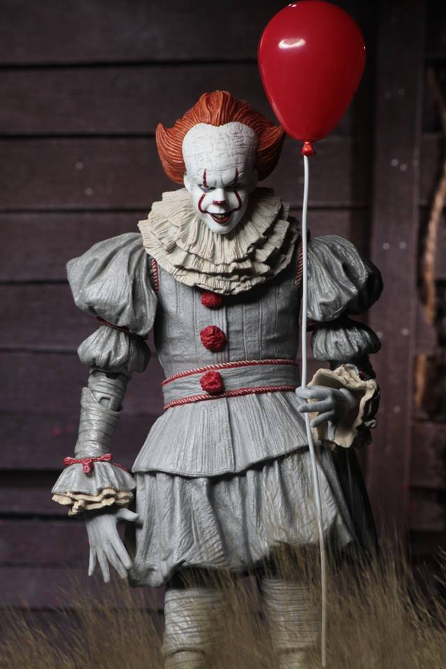 NECA It (2017) Ultimate Pennywise Figure