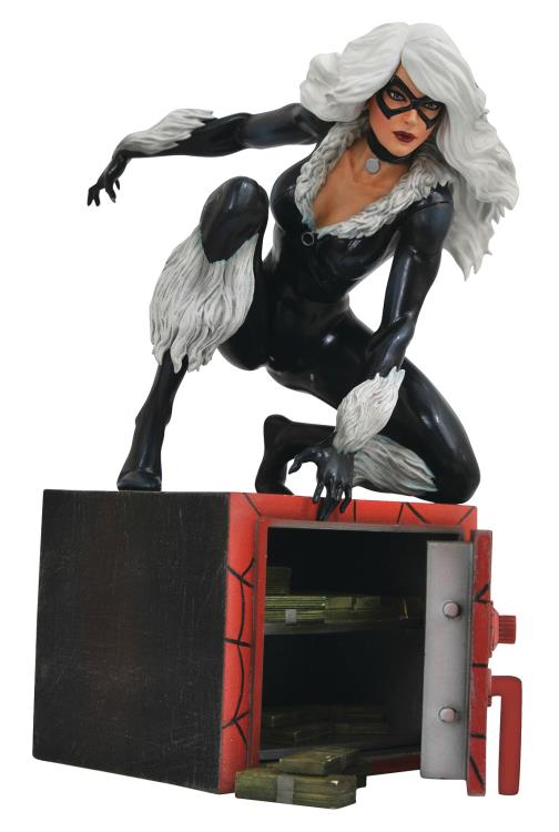 Diamond Marvel Gallery Black Cat Statue