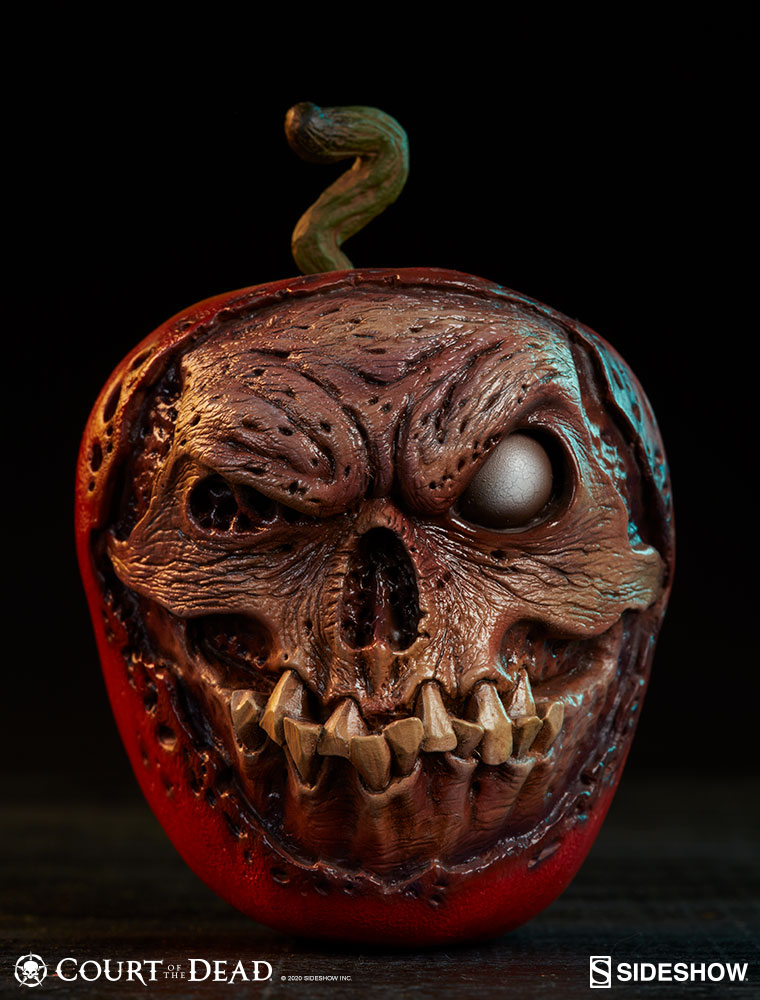 Sideshow Court of the Dead Skull Apple Rotten Version Replica